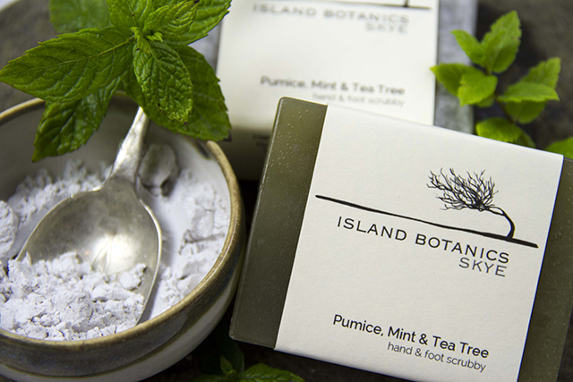 Island Botanics Skye Soap Pumice Mint and Tea Tree